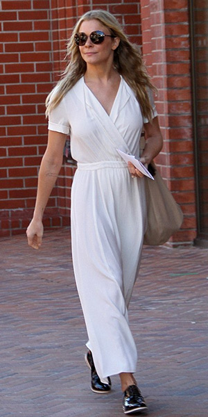 leann-rimes-Isabel-Marant-Etoile-Flore-Long-Wrap-Dress