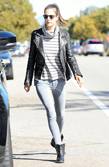 Madewell Ribbed Turtleneck Sweater as seen on Alessandra Ambrosio
