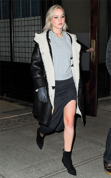 Rag & Bone Valentina Dove Grey Crop Sweater as seen on Jennifer Lawrence