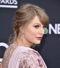 Taylor Swift Hair Color 2018 - Celebrity Hair Color Guide