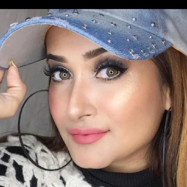 Faby_makeupartist3