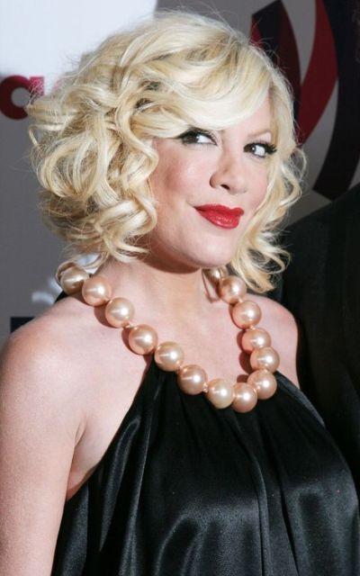 Tori Spelling Bra Size Age Weight Height Measurements