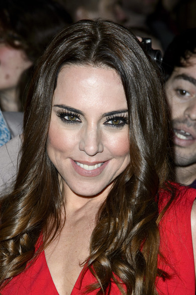 Sporty Girl Wallpaper Melanie C Bra Size Age Weight Height Measurements