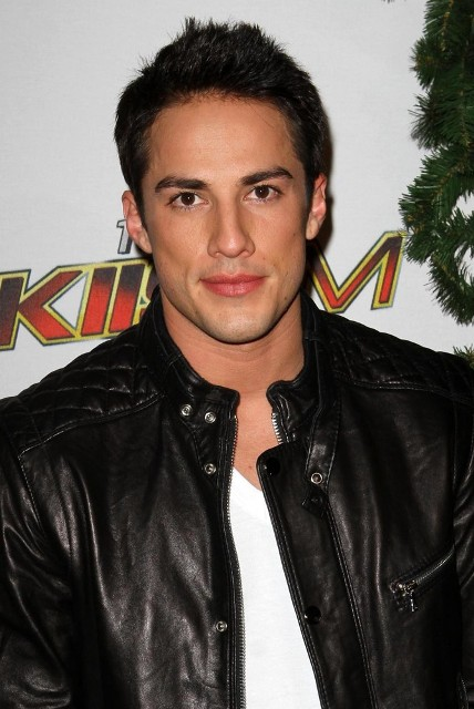 Michael Trevino Age Weight Height Measurements