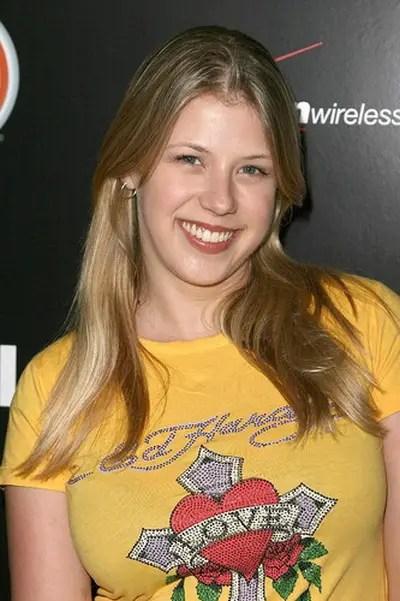 Jodie Sweetin Net Worth  Celebrity Sizes