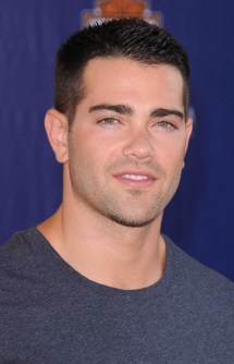 Jesse Metcalfe Net Worth - Celebrity Sizes