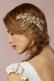 pretty wedding hair accessories