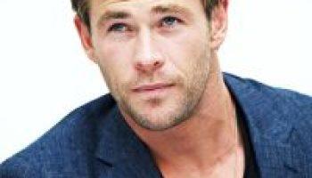 Liam Hemsworth: Bio, Height, Weight, Measurements