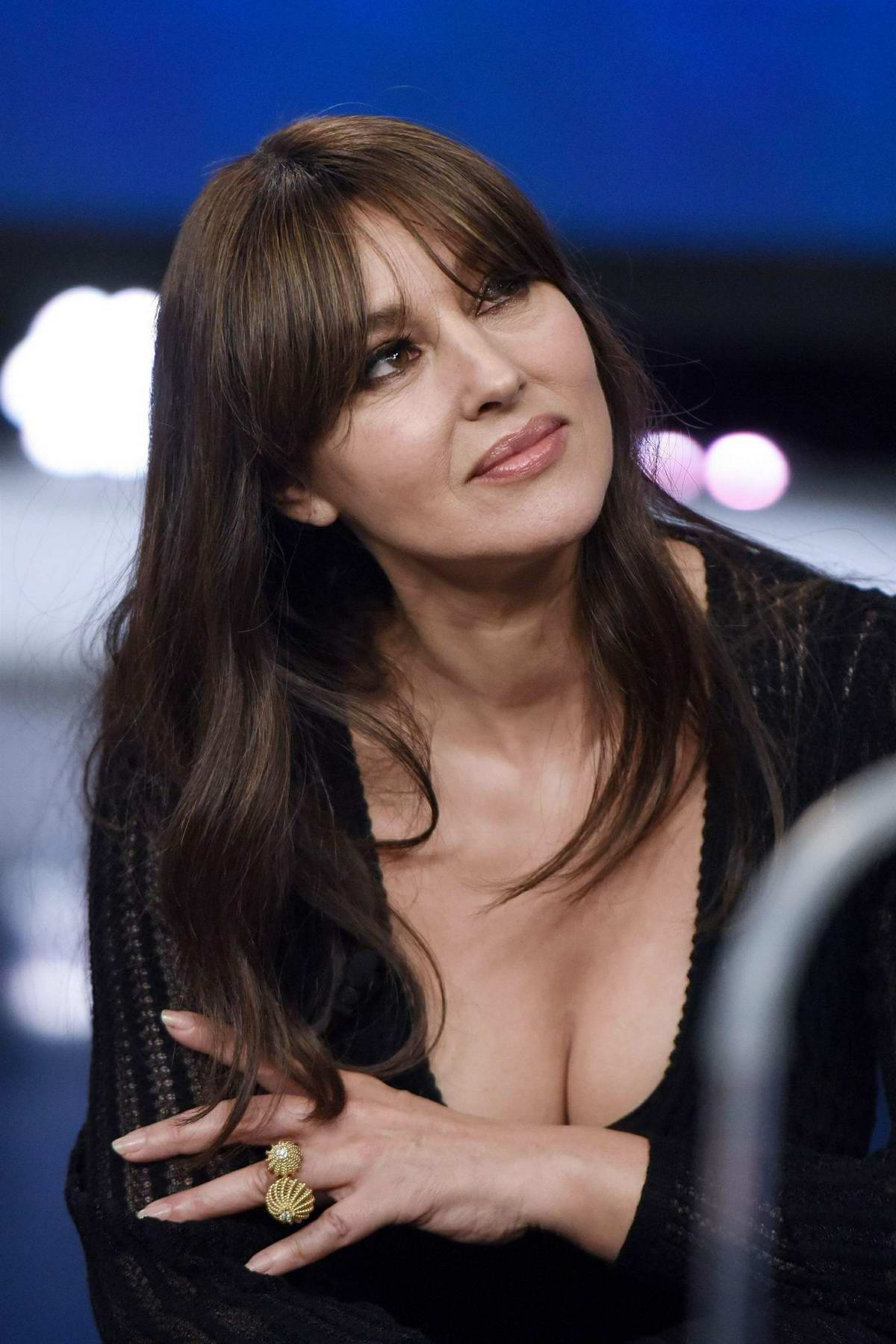 Monica Bellucci Appears On The Spanish Television In
