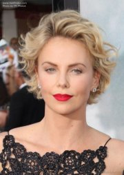 great hairstyles of charlize