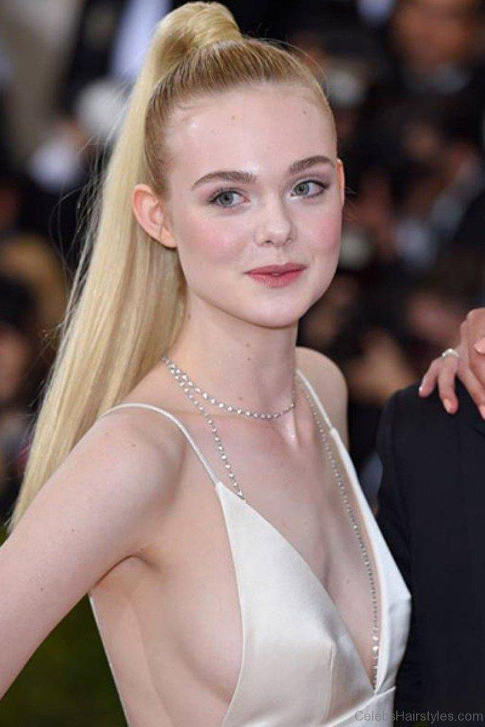 33 Best Hairstyles Of Elle Fanning