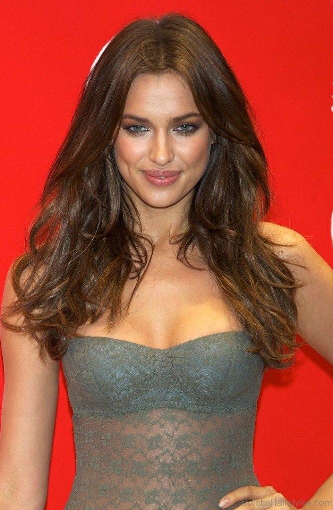35 Irina Shayk Beautiful Hairstyles