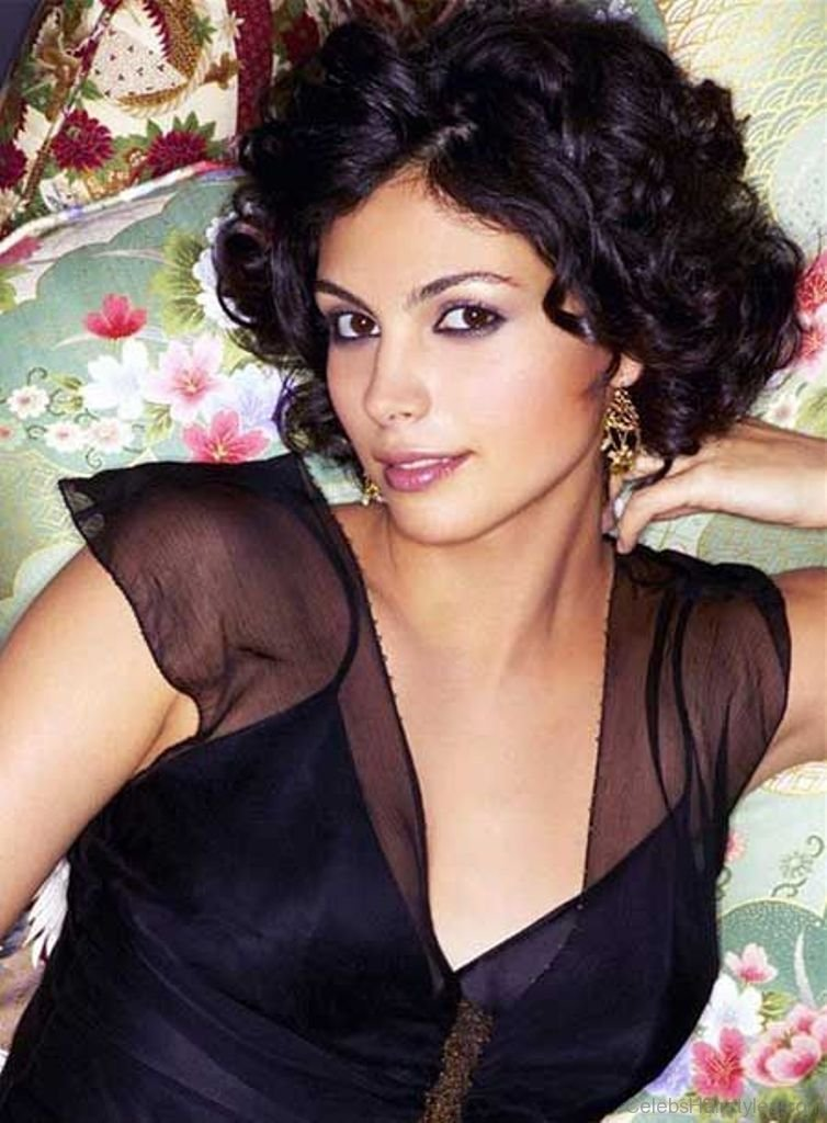 42 Brilliant Hairstyles Of Morena Baccarin