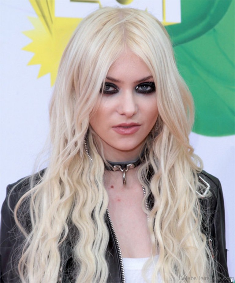 52 Excellent Taylor Momsen Hairstyles