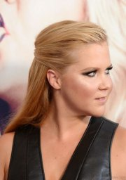 cute hairstyles of amy schumer