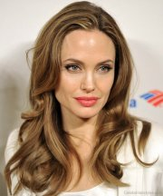 fantastic hairstyles of angelina