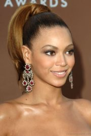 fashionable hairstyles of beyonce