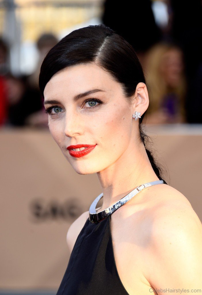 42 Cute Hairstyles Of Jessica Pare