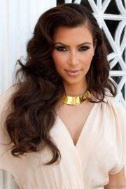 elegant hairstyles of kim kardashian