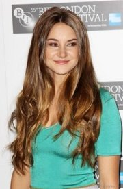 attractive hairstyles of shailene