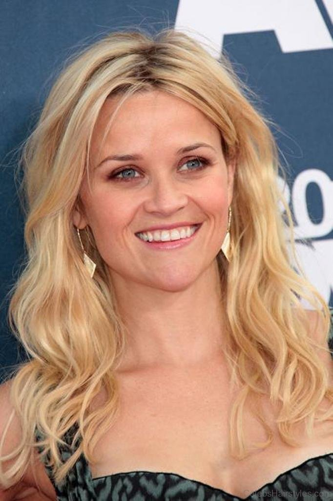 36 Mind Blowing Hairstyles Of Reese Witherspoon