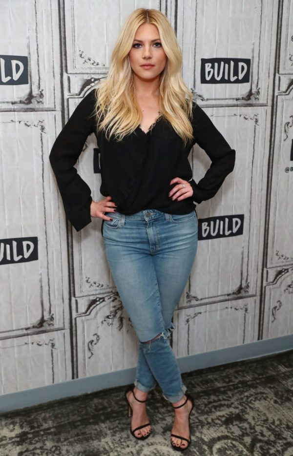 Katheryn Winnick Smile Face Pictures
