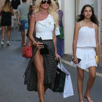 Victoria Silvstedt Stills Out in St Tropez