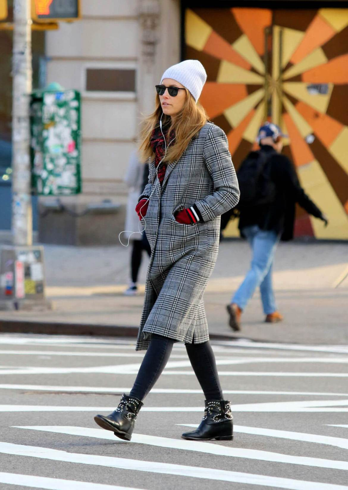 Jessica Biel Out and About in New York 2019/01/06