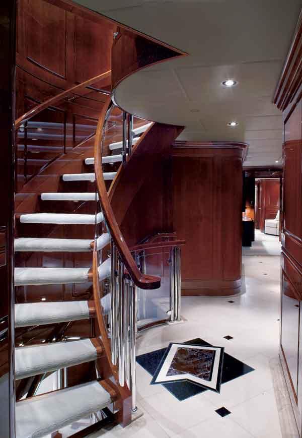 INSIDE SCOOP Tiger Woods Secretive Getaway Superyacht