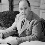 C. S. Lewis age, Birthday, Height, Net Worth, Family, Salary