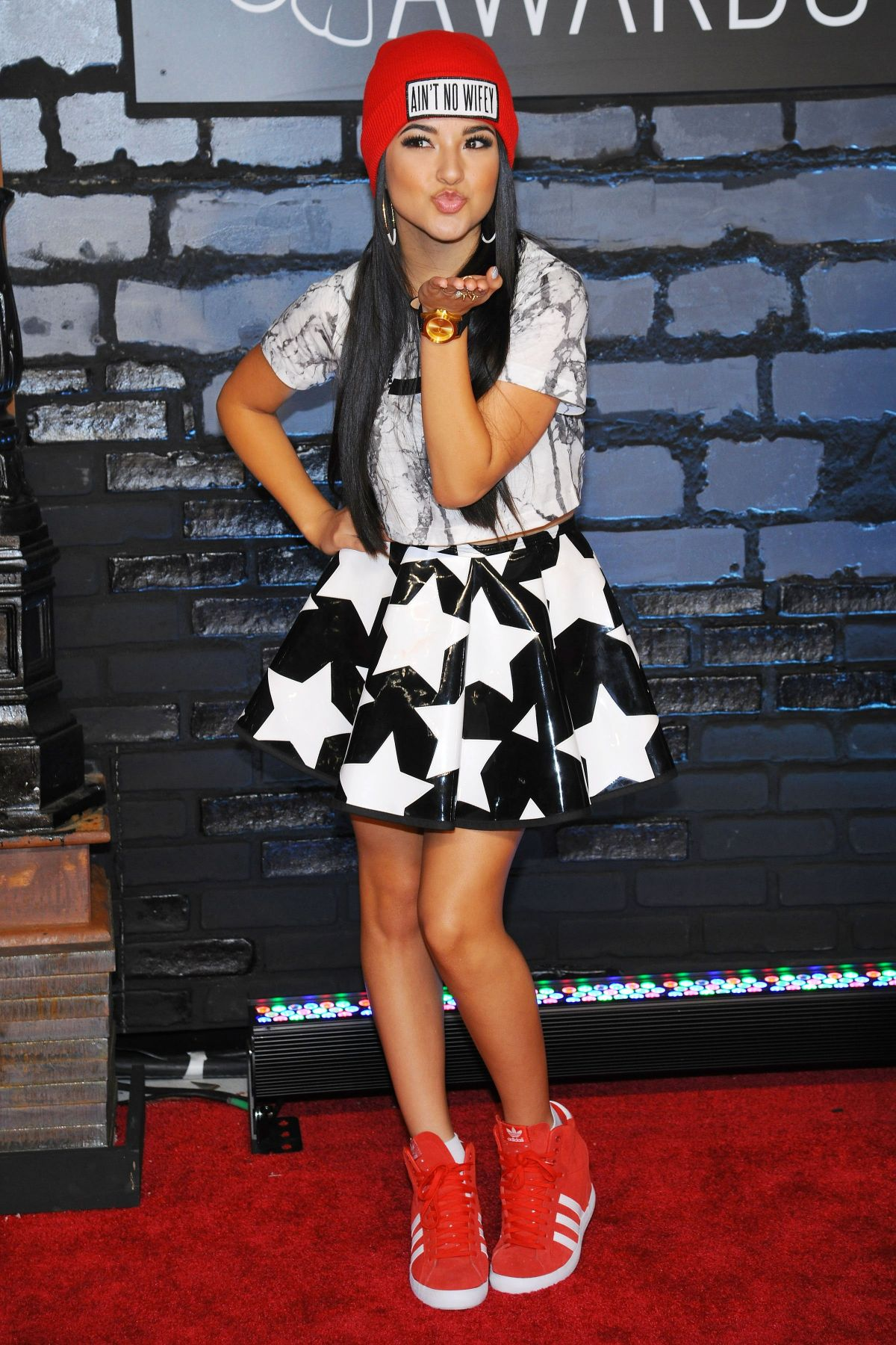 Becky G Wallpaper Iphone Becky G At 2013 Mtv Video Music Awards At Nyc Celebzz