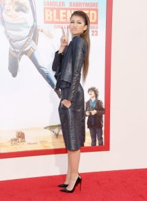 Zendaya Midriff Blended Premiere In Hollywood