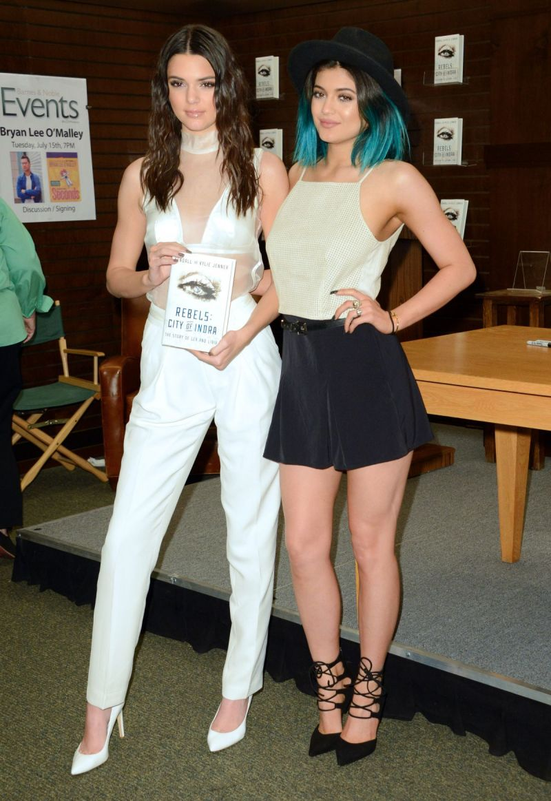 kylie jenner and kendall jenner promote novel