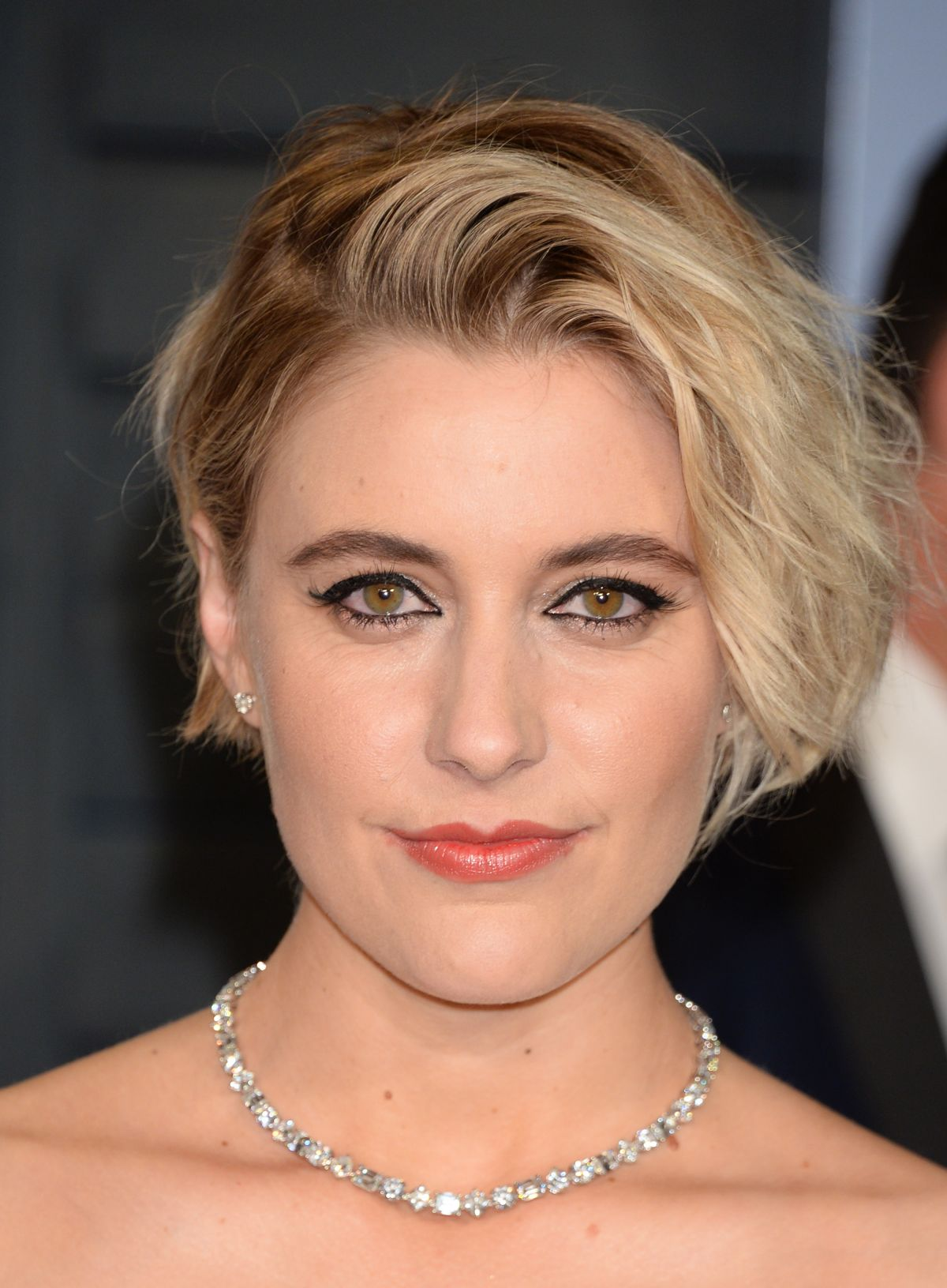 Greta Gerwig At The 2018 Vanity Fair Oscar Party in