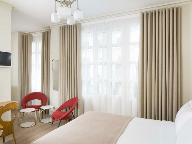 chambre cosy celeste hotel a paris