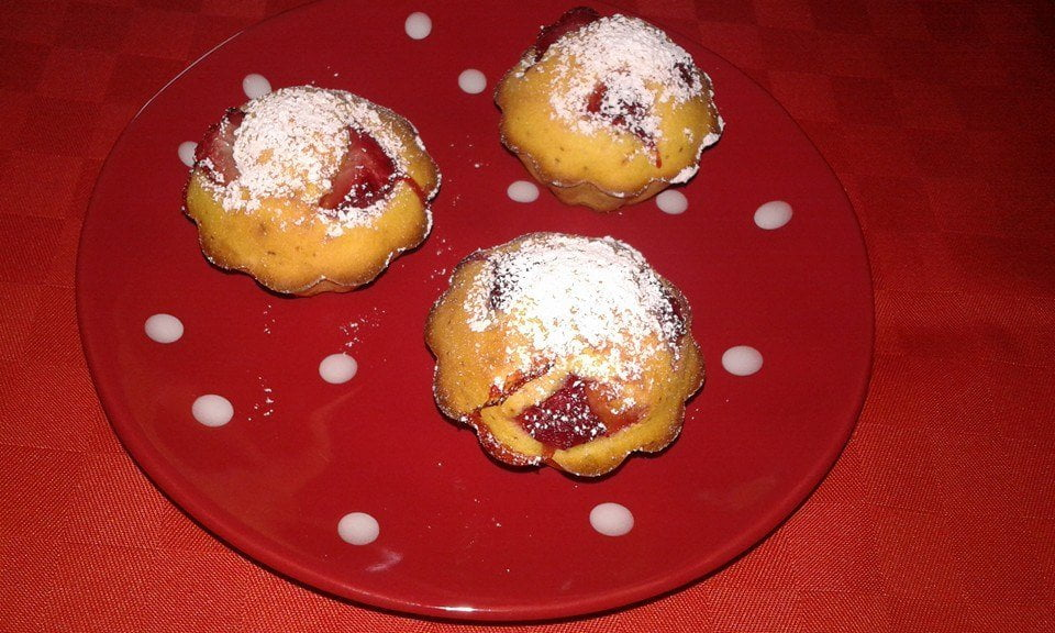 Mini muffin alle fragole senza glutine