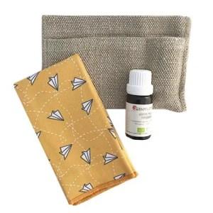 Kit de voyage contre le mal des transports: huiles essentielle menthe poivrée et mouchoir en tissu