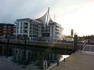 Modernes am Hafen