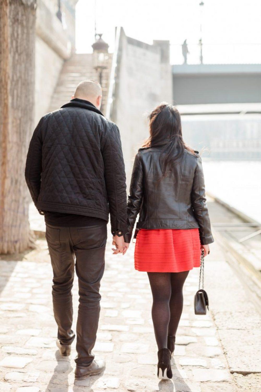 CélineChanPhotographie-Seance-Couple-Engagement-Paris-Ile-de-la-cité-12