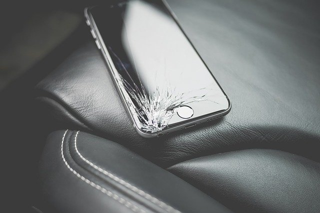 Iphone X: The Back Glass Cannot Be Repaired