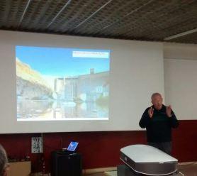 Félix Andreu en un momento de la conferencia «Los riegos de la Litera Alta. Historia y aplicación técnica»