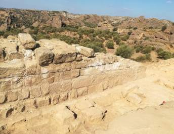 Els Castellassos: cara interna de la torre sudoeste (foto Juan Rovira)