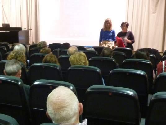 Presentación de la conferencia «La fotografía: el mundo en imágenes» (foto Ana Enjuanes)