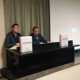 Presentación del acto 'Dicen que hay tierras al Este' en Altorricón (foto Ana Enjuanes)