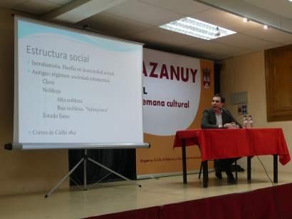 Enrique Corbera durante la conferencia «La nobleza en la Litera. Los Infanzones de Azanuy»