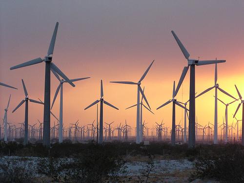 https://i0.wp.com/www.cellphonetaskforce.org/wp-content/uploads/2011/07/wind-farm.jpg