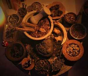 Räucherpflanzen für die Rauhnächte