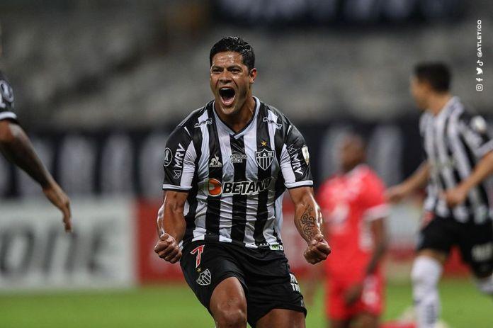 Hulk esmaga e Galo vence pela Libertadores