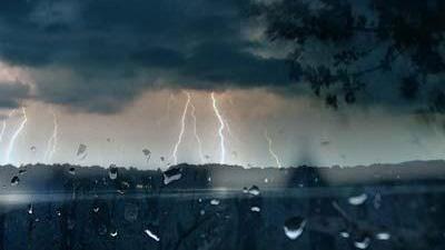 Severe-weather--lightning--storm_20150821004155-159532