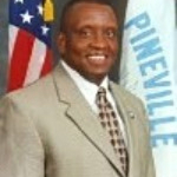 mayor-fields_1460392742742.jpg